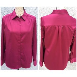 Women's fuchsia Blouse Buttons down Long Sleeves